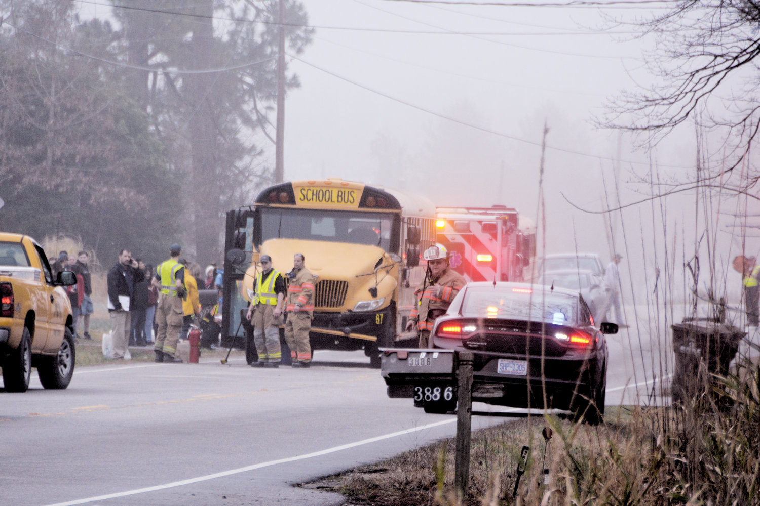 Driver injured in school bus wreck | The Daily Record