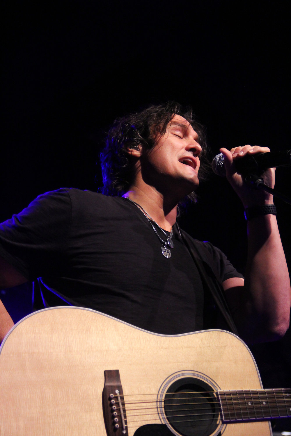 Joe Nichols performing some of his hits last night for FFA students that came from all over North Carolina.