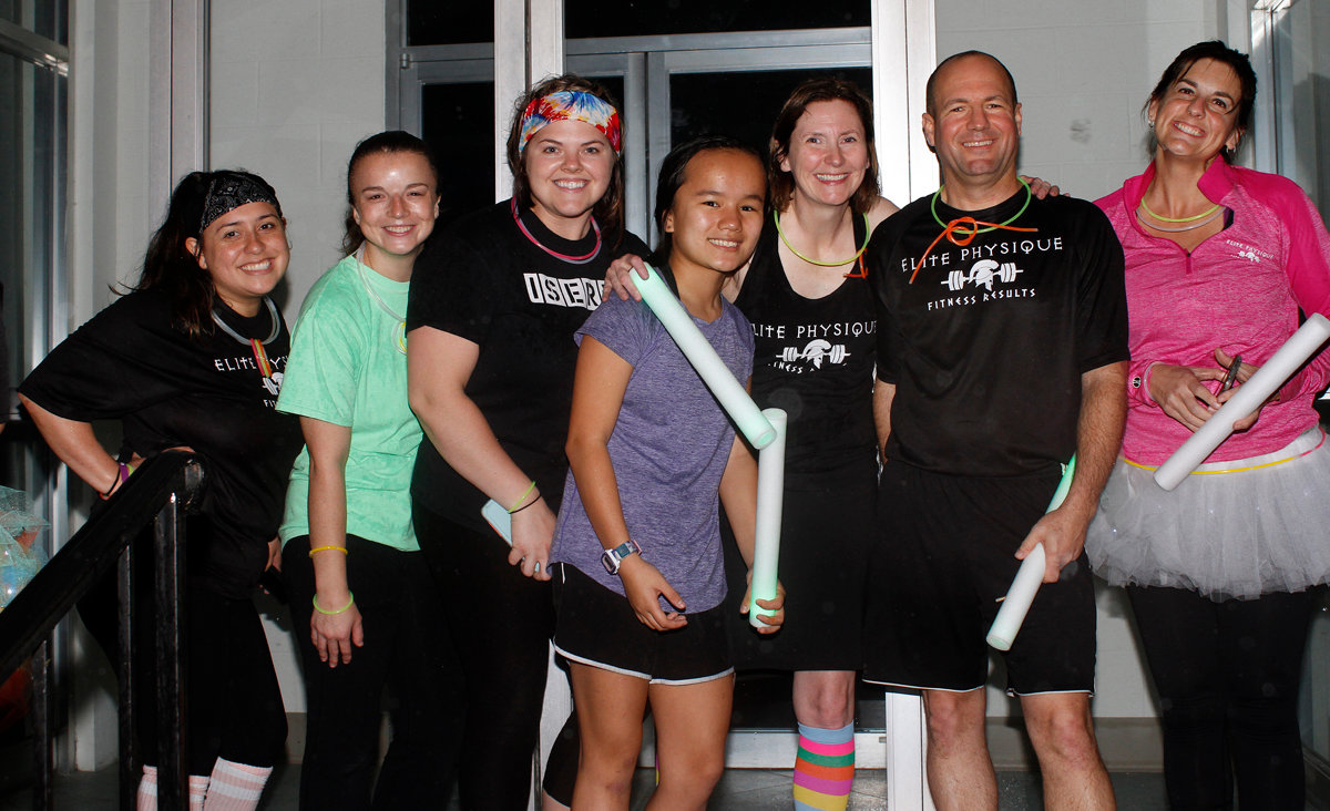 A group of runners from Elite 