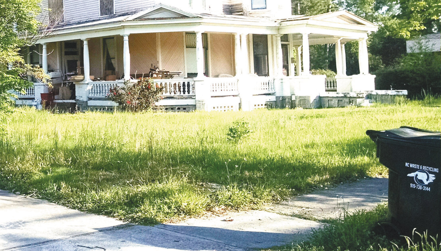 The town of Mount Olive no longer cuts weeded lots. Violators will be fined and repeat offenders could lose their land, according to a new weeded lot policy. This photo, taken of a property on North Chestnut Street in April, is shown as an example.