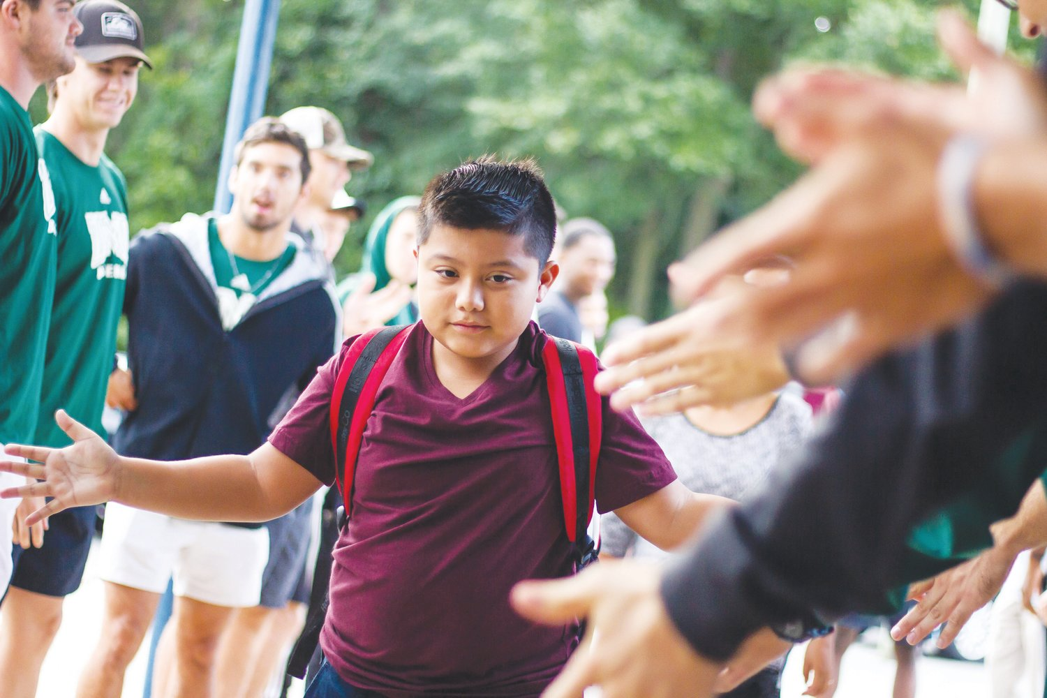 INS UMO athletes welcome students back to school 4   Mount