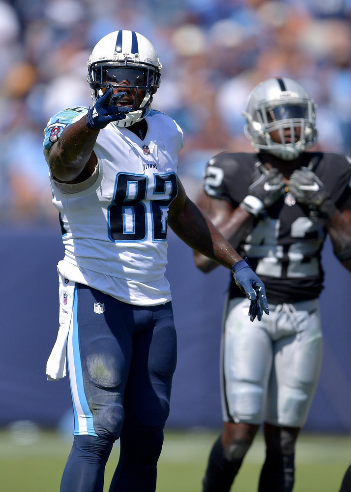 Titans tight end Delanie Walker (82) notes the first down in the first half of the Raiders at Titans NFL football game on Sept. 10, 2017, at Nissan Stadium in Nashville, Tenn.