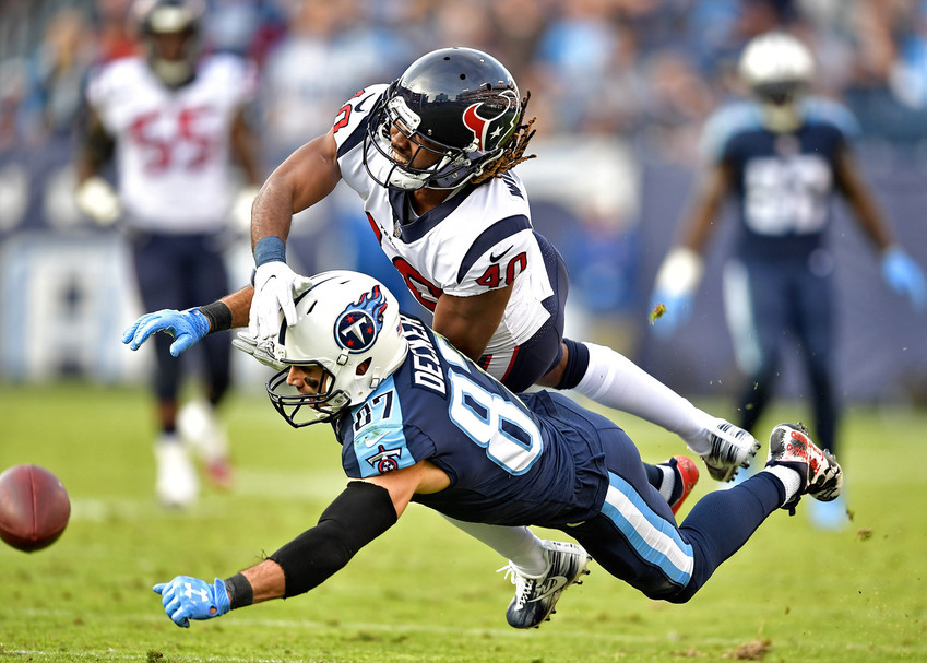 Tennessee Titans wide receiver Eric Decker (87) can't make the catch because of pressure from Houston Texans cornerback Marcus Williams (40) in the second half against the Houston Texans on Dec. 3, 2017, at Nissan Stadium in Nashville, Tenn. The Titans won 24-13. (Photo by Lee Walls)