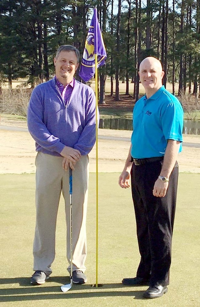 From left, Matt Manzaro, club professional and General Manager, and Tim McLauchlin, Teen Challenge executive director, prepare for the Hope for Life tournament.
