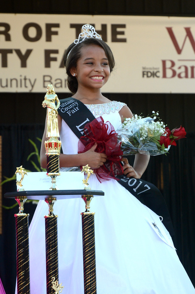 Meela Walker, 10, of Algood, daughter of Justin and Brooklyn Walker, won the Little Miss title.