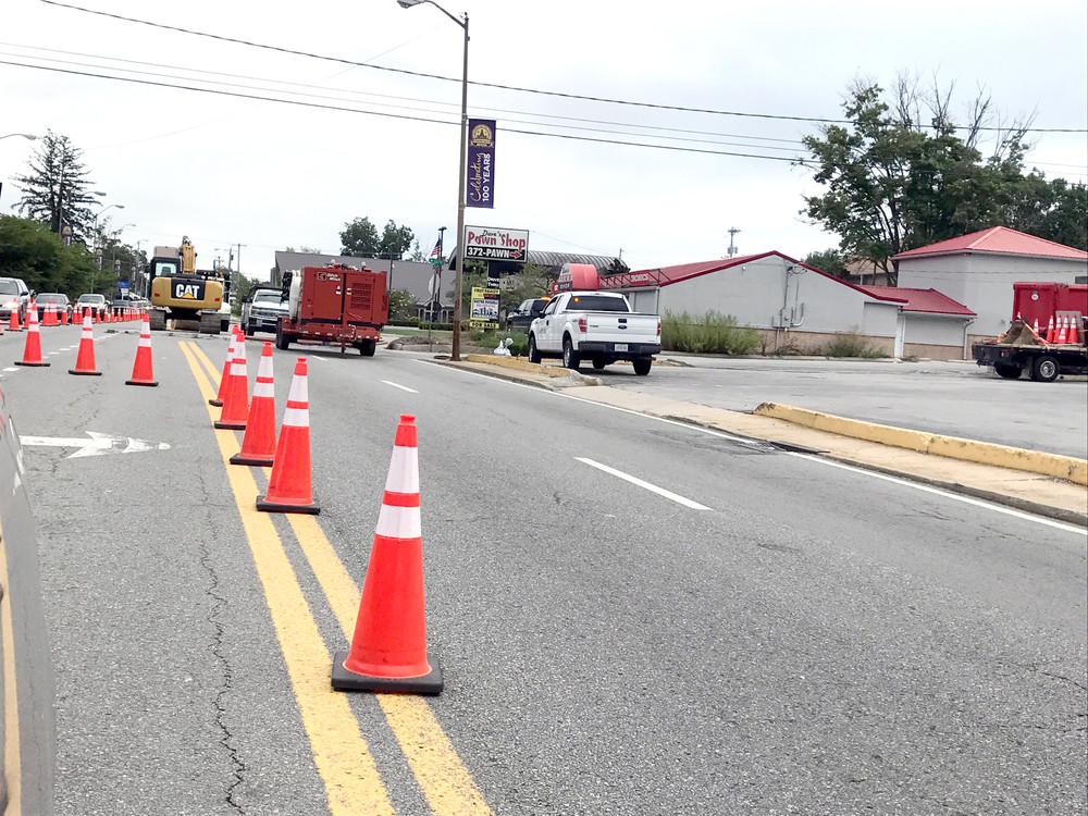 The northbound lanes of Willow Avenue and one southbound lane at 1st Street are closed today for utility work being completed there. The closed lanes are expected to be reopened on Saturday.