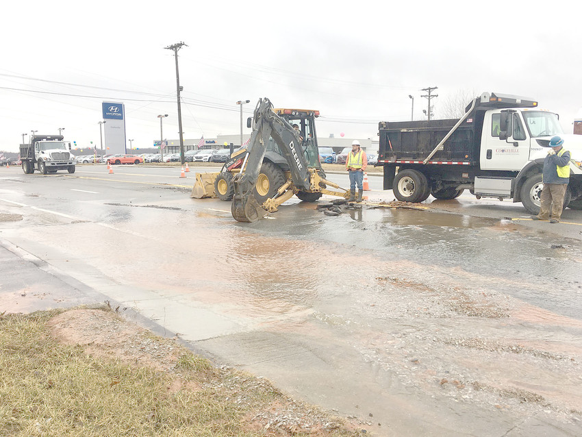 A 12-inch cast iron water main line broke on Willow Avenue near the U.S. Post Office Sunday afternoon. The two northbound lanes of Willow were closed in the area until about 9:30 Sunday night while Cookeville Water Quality Control workers repaired the damage. Northbound lanes were expected to be temporarily closed again today to repair the road.