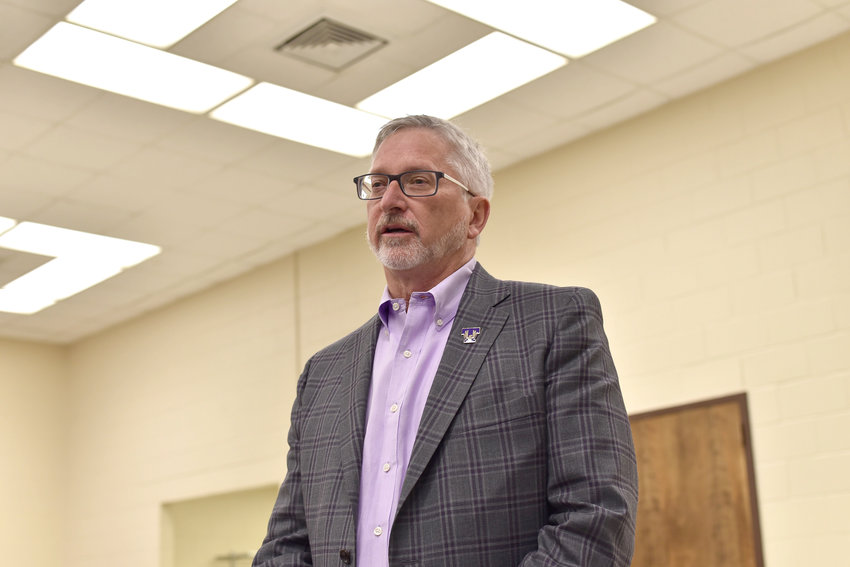 Tennessee Tech held a forum to address the end of the Fitzgerald Glider Kit research investigation. Tech president Phil Oldham began by issuing an apology for any part he may have had.