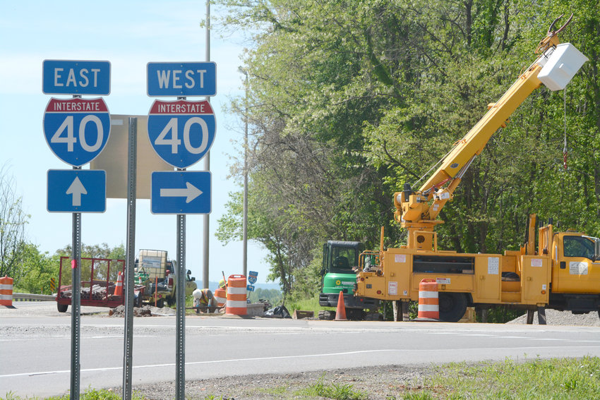 Roadway shoulders on Highway 111 near mile marker 288 will be temporarily closed while the Tennessee Department of Transportation installs conduit for traffic signals.