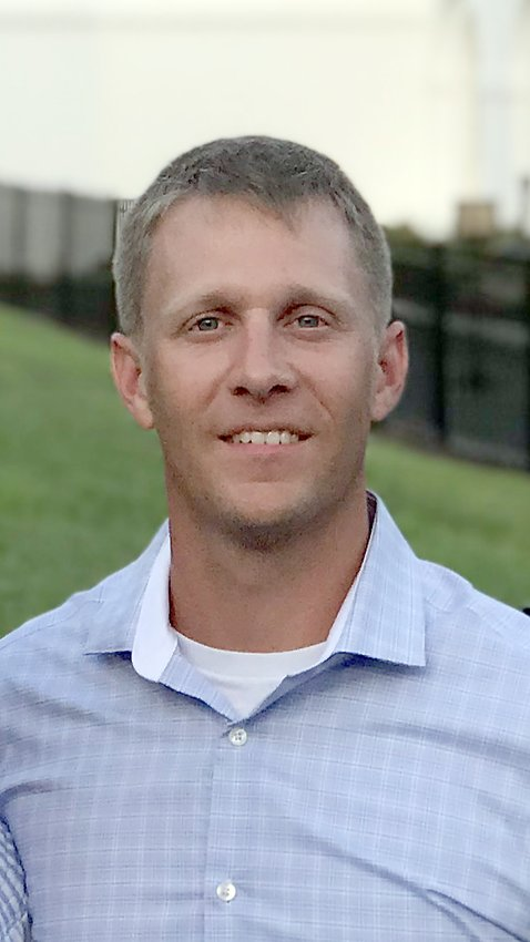 Former Upperman High School standout Wes Shanks has been named the Bees' new baseball coach.