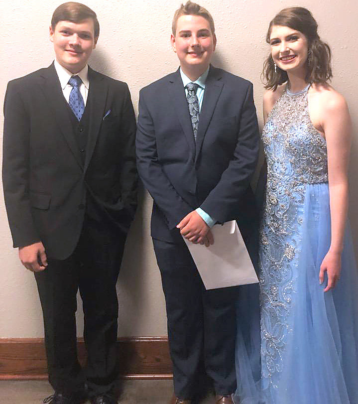 From left, All Star 4-H member Grant Mainord, horse project finalist Bailey Steger and All Star member Hannah Bernhardt attended the state 4-H Roundup in Knoxville.
