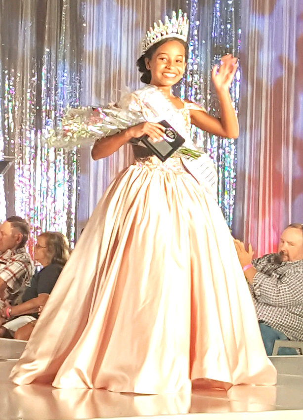 National Elite Pre-Teen 2019 is Meela Walker. The 12-year-old daughter of Justin and Brooklyn Walker of Algood traveled to Houston, Texas Aug. 2-5 to compete in a National Elite pageant. She competed in state costume, talent, fun fashion, interview and gown. She won best state costume, overall talent, interview, interview attire and also National Elite Pre-Teen title.