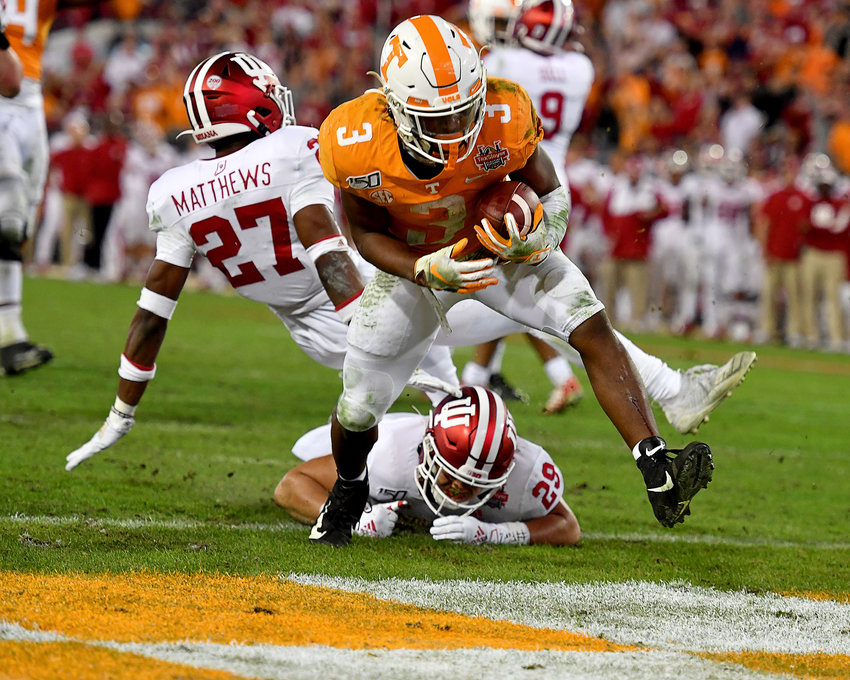Tennessee Volunteers running back Eric Gray (3) on his way to the game-winning touchdown in the fourth quarter of the Gator Bowl NCAA football game against the Indiana Hoosiers Thursday, January 2, 2020, at TIAA Bank Field in Jacksonville, Fla.