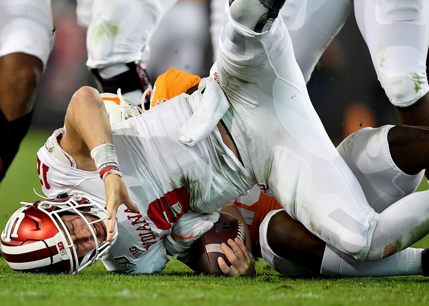 Tennessee Volunteers linebacker Darrell Taylor (19) sacks Indiana Hoosiers quarterback Peyton Ramsey (12) in the first half of the Gator Bowl NCAA football game Thursday, January 2, 2020, at TIAA Bank Field in Jacksonville, Fla.