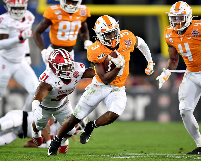 Tennessee Volunteers running back Eric Gray (3) finds a gap on the way to a first down in the first half of the Gator Bowl NCAA football game against the Indiana Hoosiers Thursday, January 2, 2020, at TIAA Bank Field in Jacksonville, Fla.