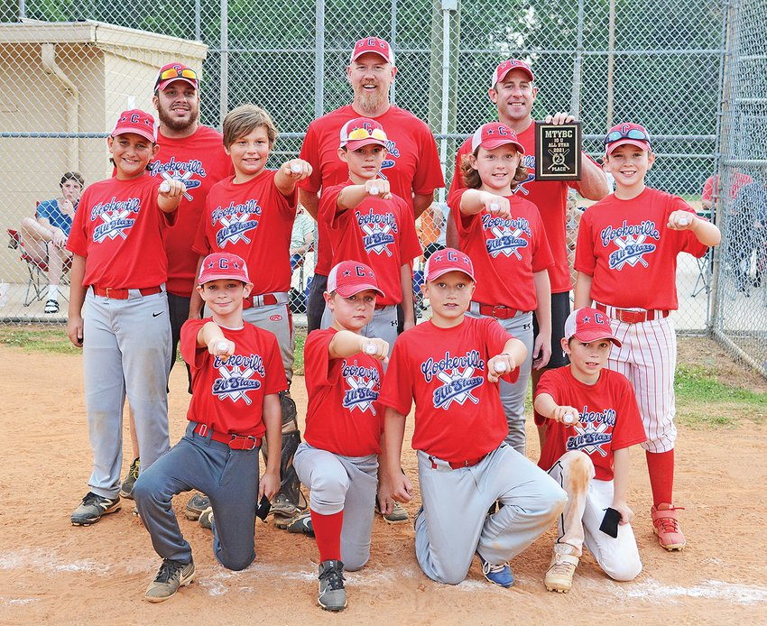 The ages 9-10 Cookeville Red team celebrates its runner-up finish at Jere Whitson.