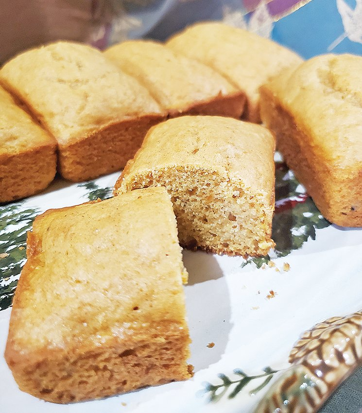 Sweet potato bread is perfect for autumn.
